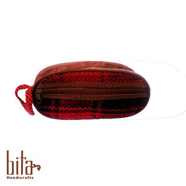 کیف آرایش جاجیمی قرمز