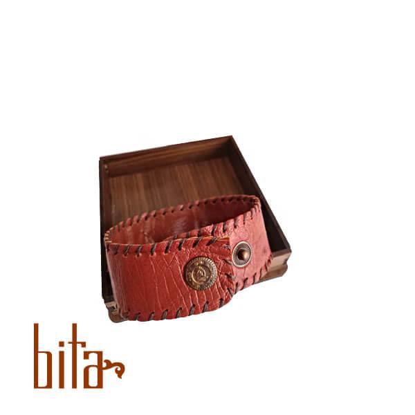 دستبند چرم شترمرغ و سنگ