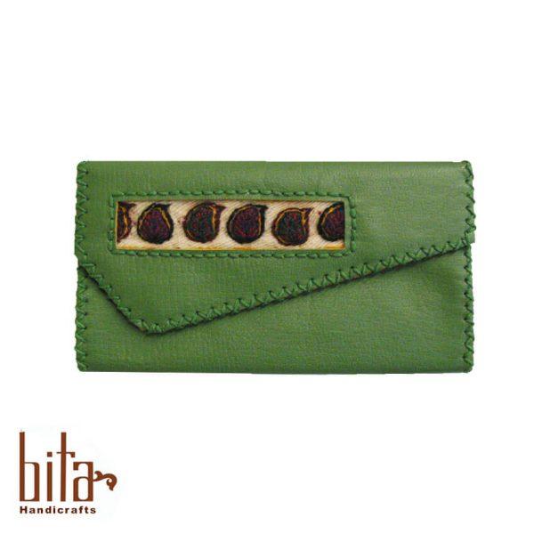 کیف پول لب کج چرم سبز با پته حاشیه