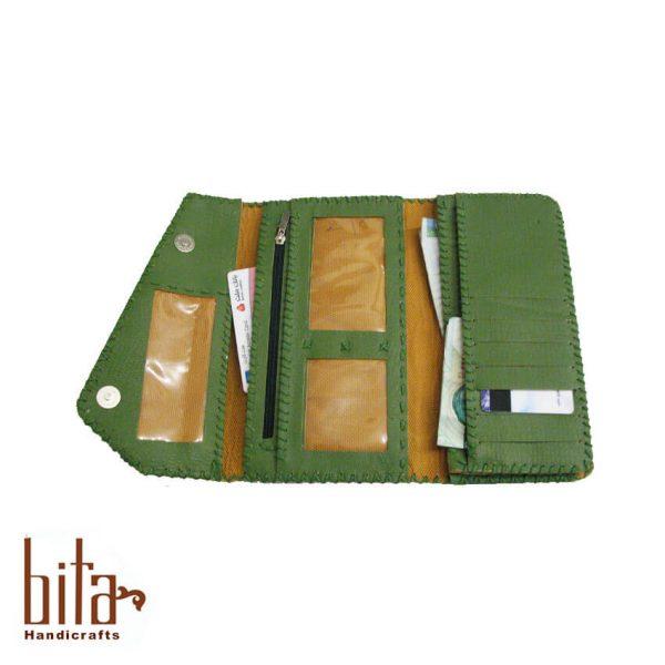 کیف پول لب کج چرم سبز با پته قاب