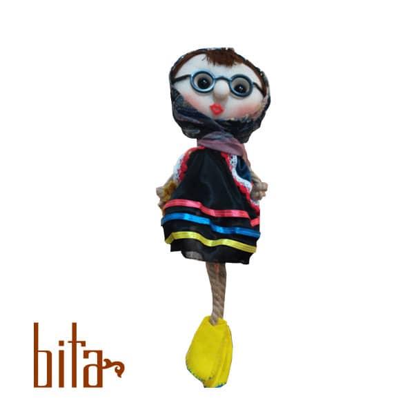 عروسک آویز کفش نمدی
