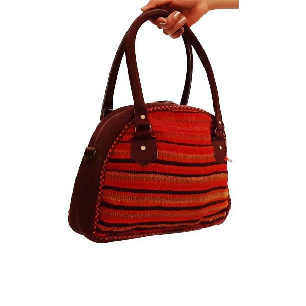 کیف جاجیمی دستی دوشی نیم گرد قرمز